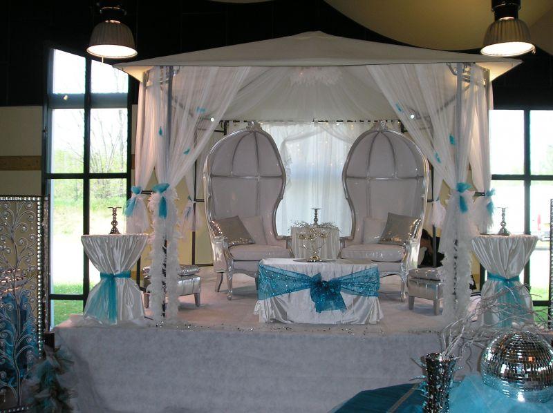 location de mobilier carrosse fauteuil chapiteaux accessoire voilage - Location Carrosse Mariage